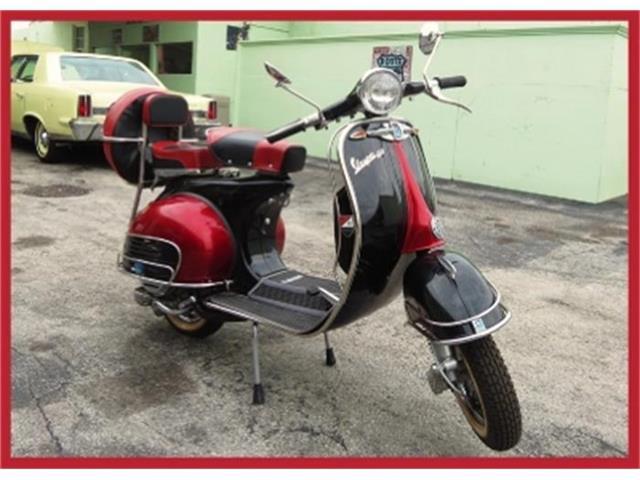 1966 Vespa Scooter | 666010