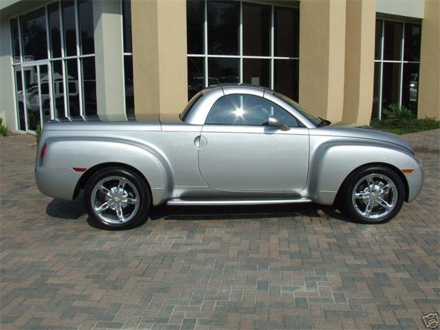 2004 Chevrolet SSR | 666592