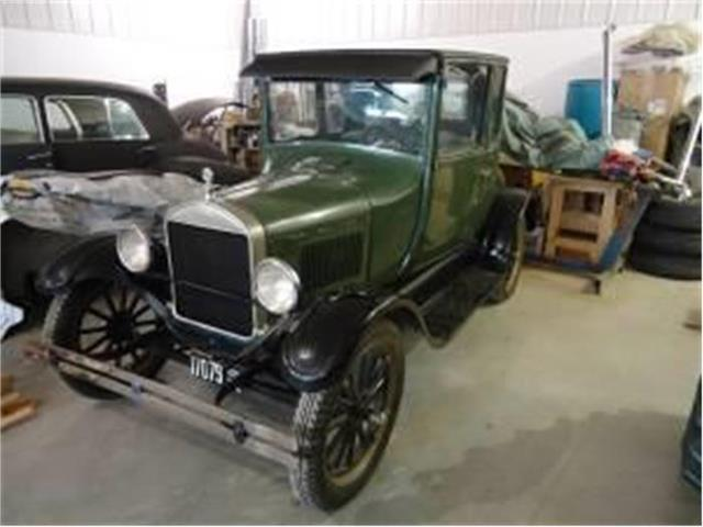 1926 Ford 5-Window Coupe   666687