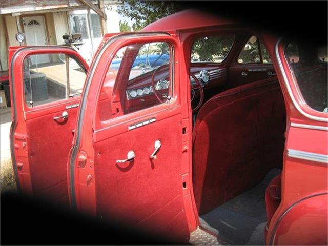 1941 Chevrolet Sedan | 666776