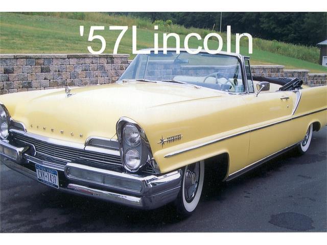 1957 Lincoln Premiere | 673537