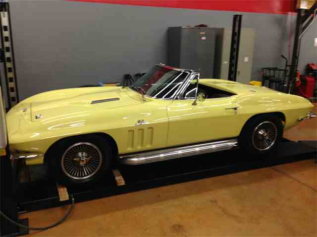 1966 Chevrolet Corvette Stingray | 674192