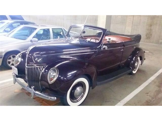 1939 Ford Deluxe | 674263
