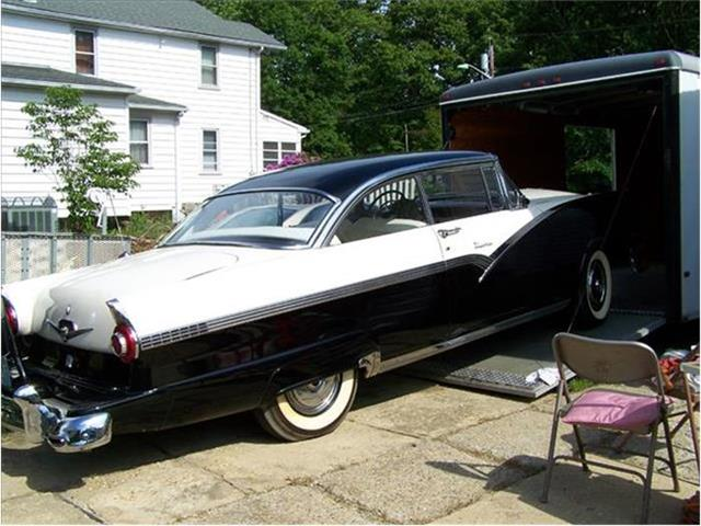1956 Ford 2-Dr Coupe   678164