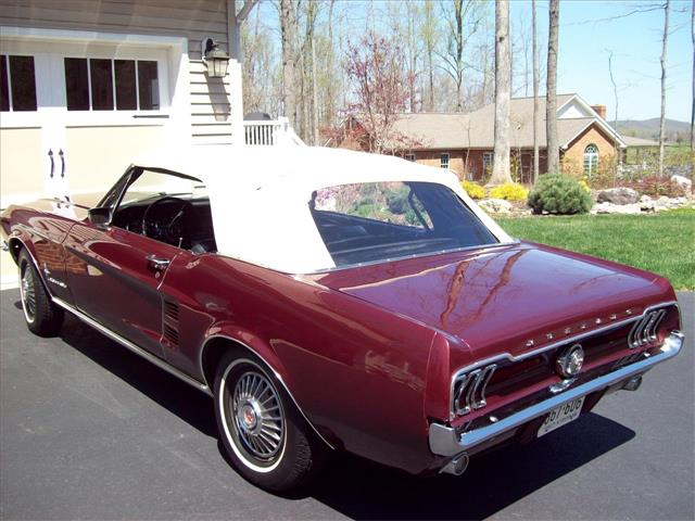 1967 Ford Mustang | 678165