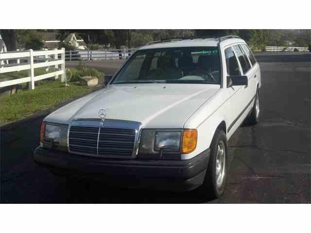 1989 Mercedes-Benz 300 | 678208