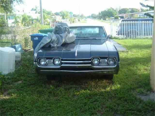 1967 Oldsmobile Cutlass   678244
