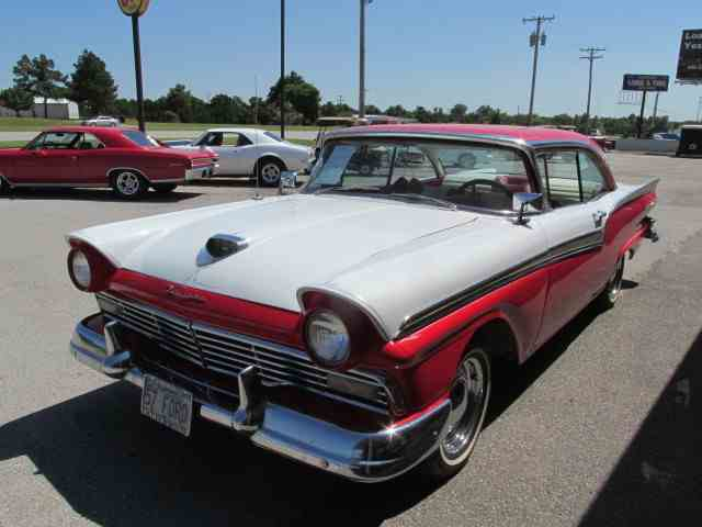 1957 Ford Fairlane | 678473