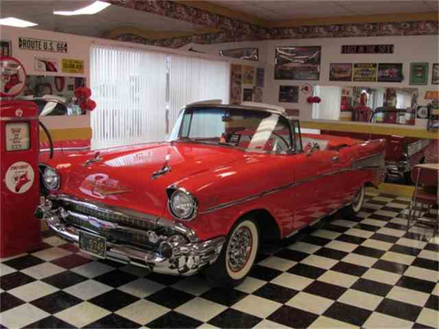 1957 Chevrolet Bel Air | 678587