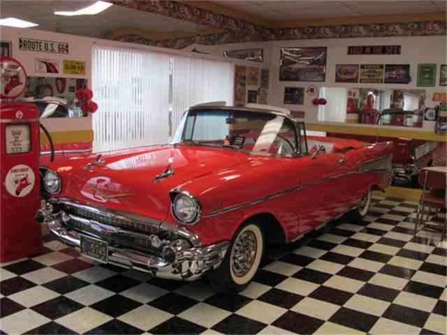 1957 Chevrolet Bel Air | 678587