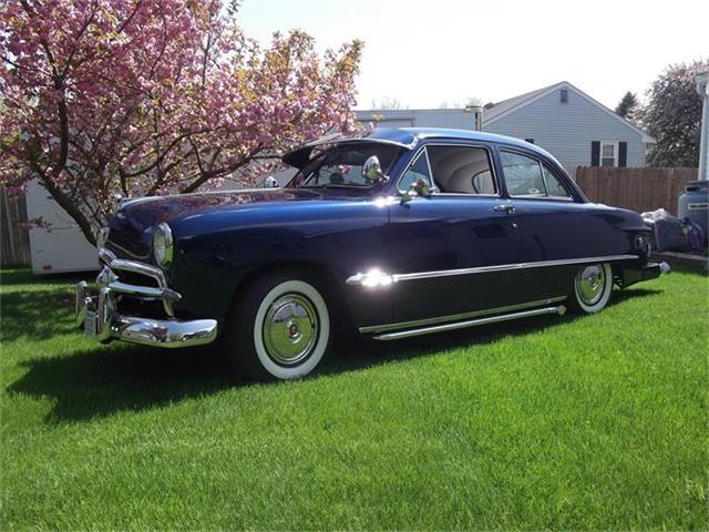 1949 Ford Custom | 679934
