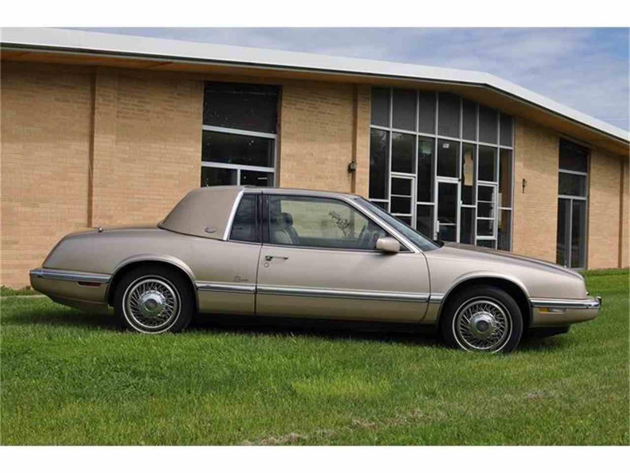 1992 Buick Riviera for Sale - CC-679940