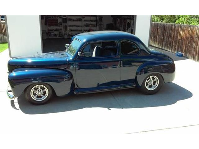 1947 Ford Club Coupe   684248