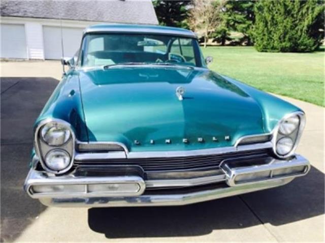1957 Lincoln Capri | 685895