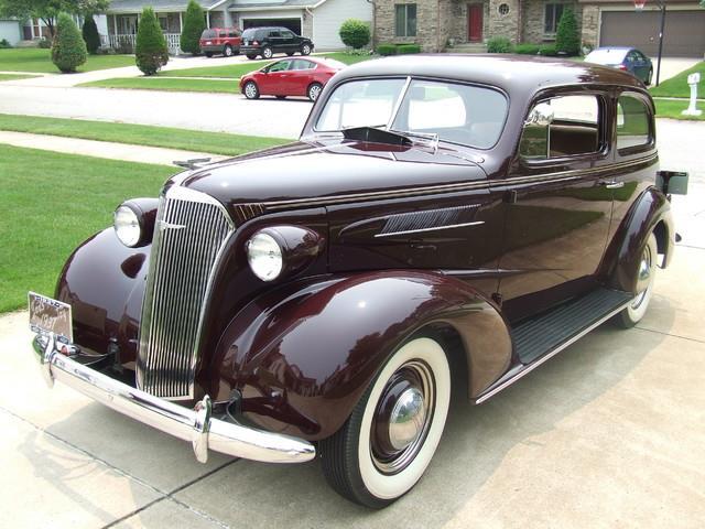 1937 Chevrolet Deluxe | 686021