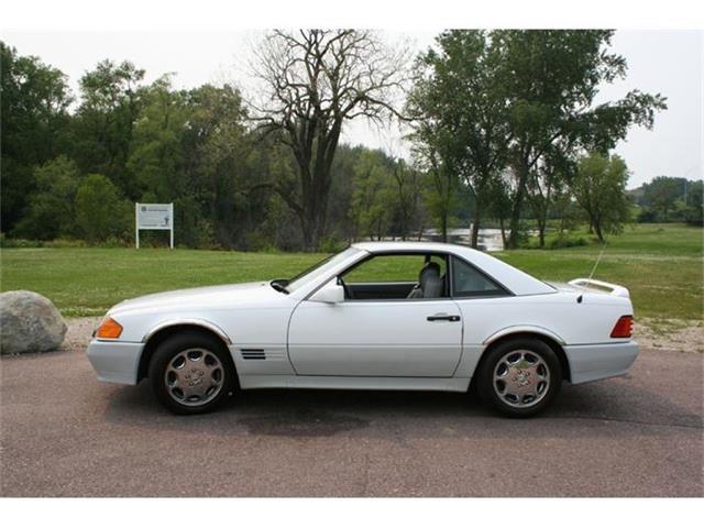 1992 Mercedes-Benz 500 | 687290