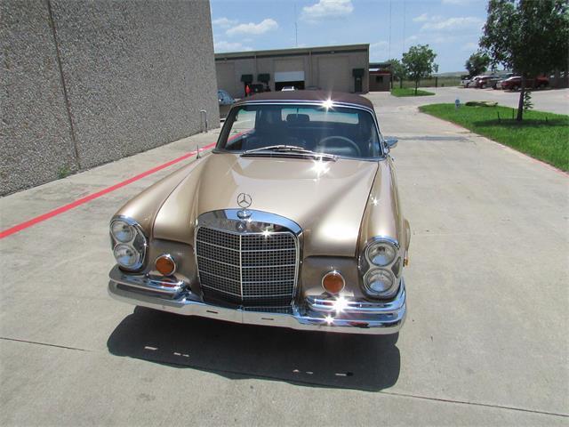 1969 Mercedes-Benz 280SE | 687385