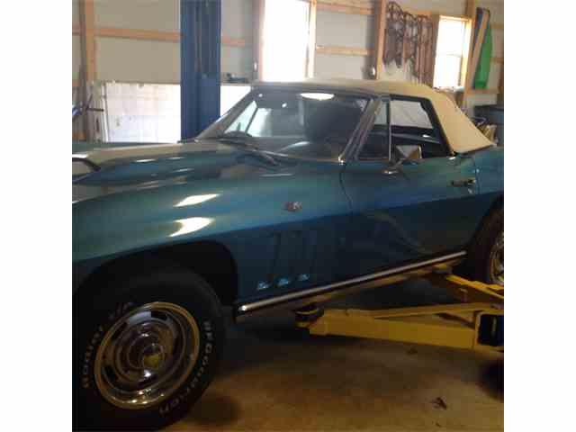 1965 Chevrolet Corvette | 688619