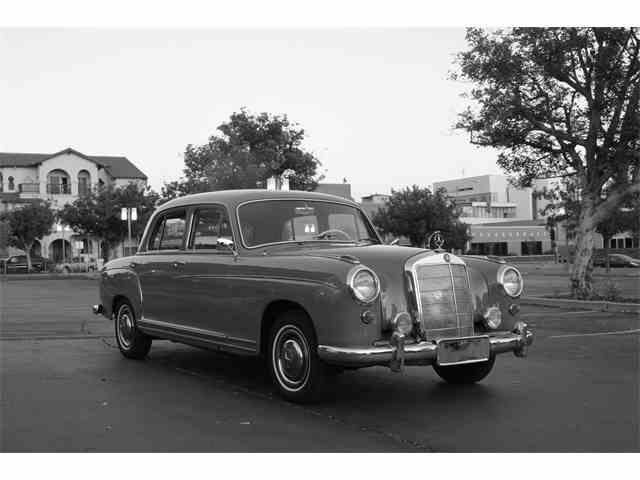 1956 Mercedes-Benz 220S | 680097