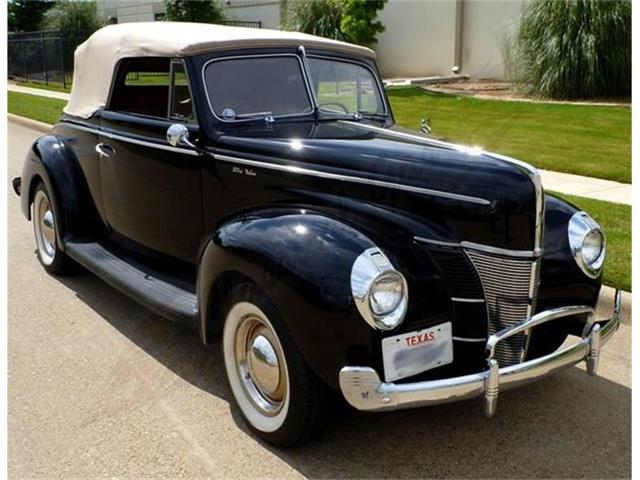 1940 Ford Deluxe | 689738