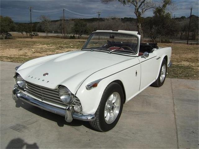 1967 Triumph TR4 | 691089