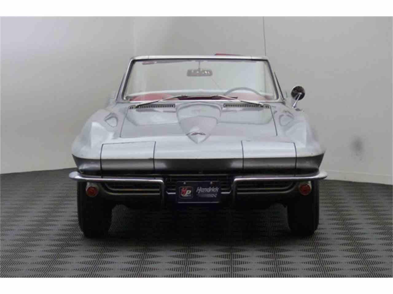 Large Picture of '67 Corvette - ETHG