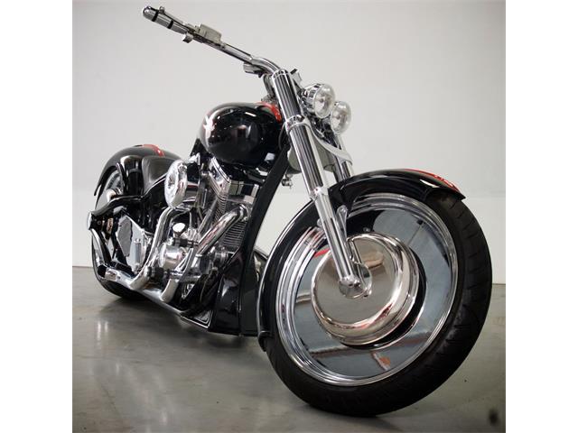 2005 Custom Motorcycle   691722