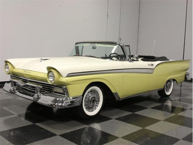1957 Ford Fairlane | 691917