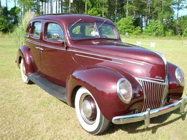 1939 Ford Fordor Deluxe | 692063