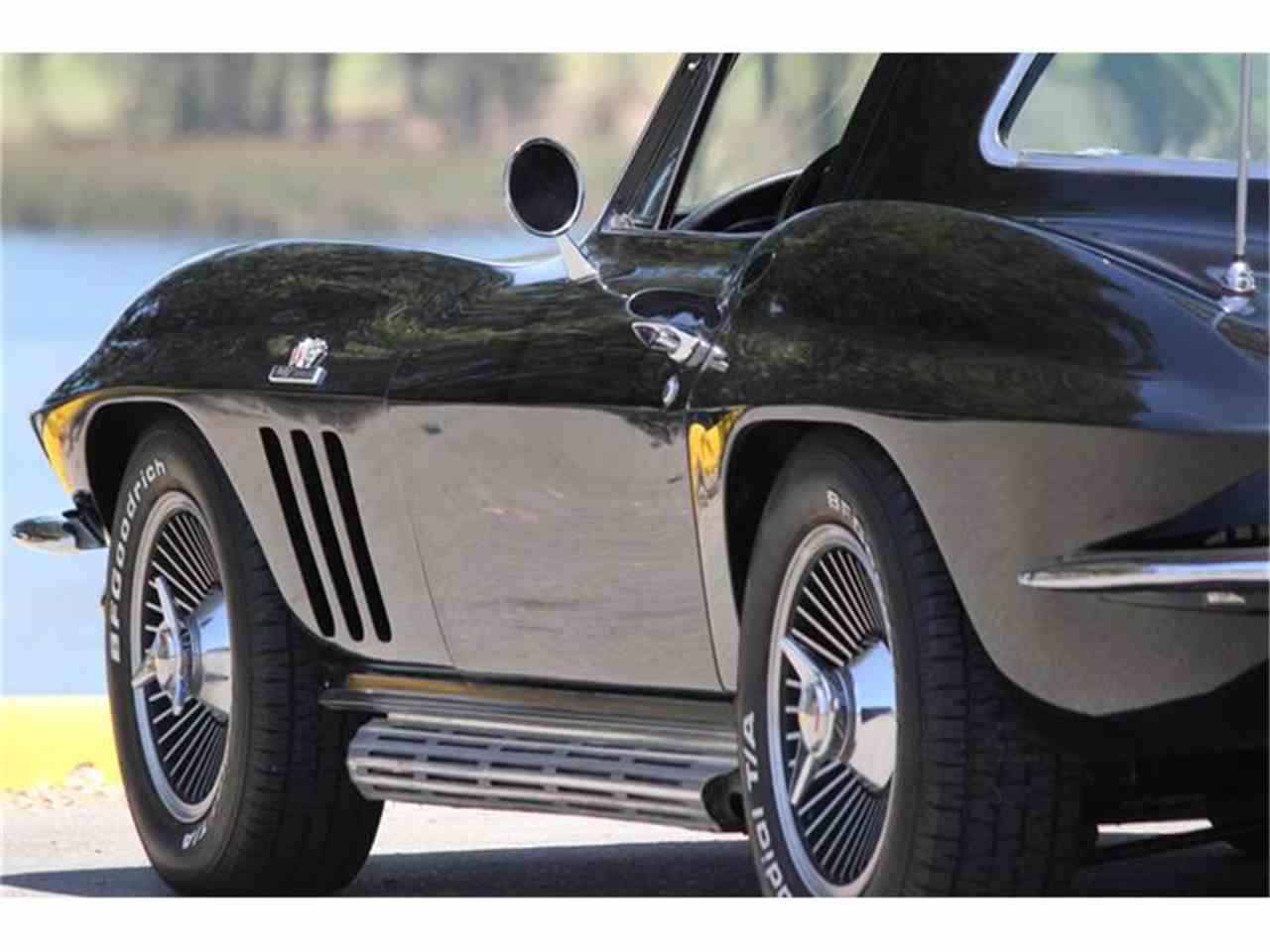 Large Picture of '66 Corvette - EU77