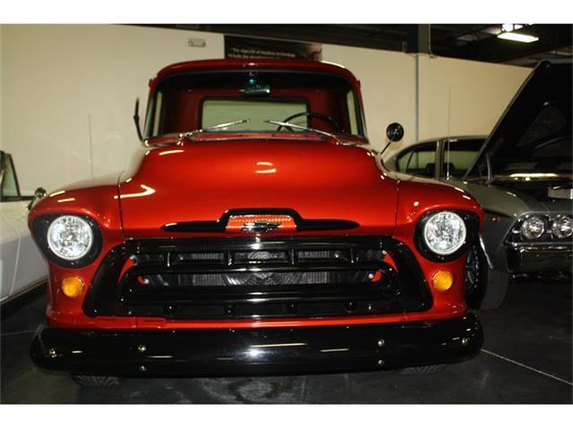 1957 Chevrolet 3200 | 692328