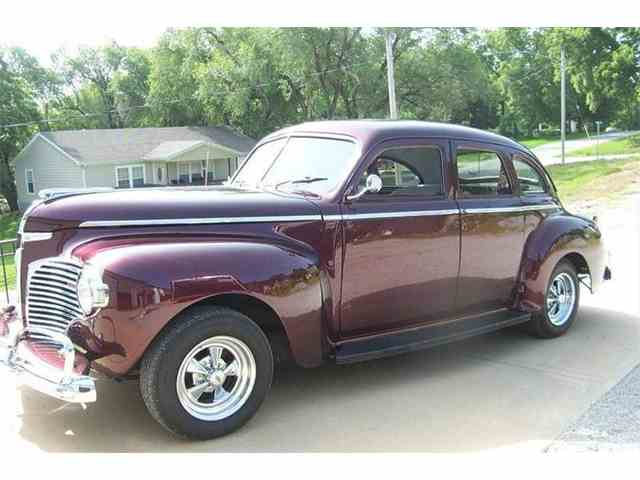 1941 Dodge Luxury Liner | 690289