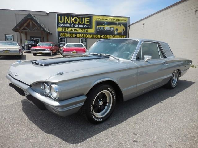 1965 Ford Thunderbird | 693262