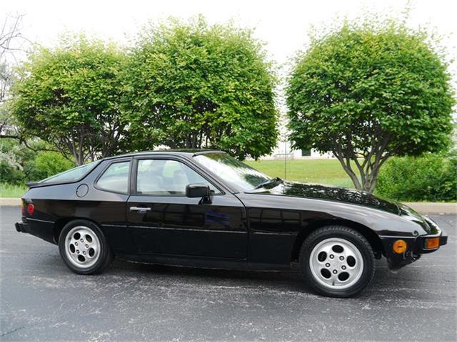 1987 Porsche 924S | 693383