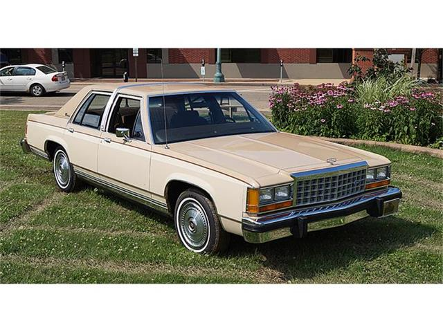 1986 Ford Crown Victoria | 693495