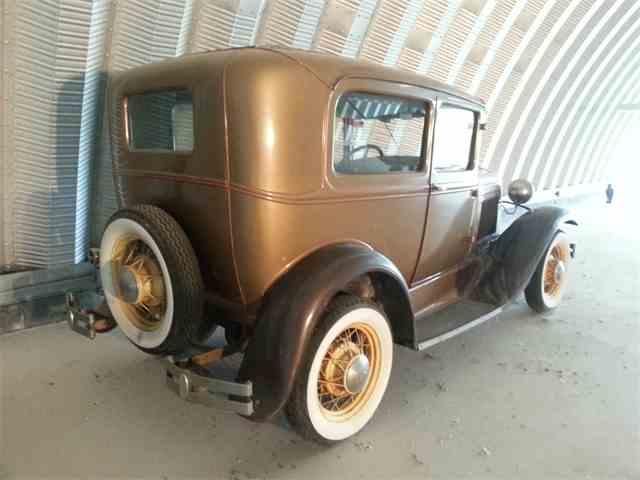 1930 Ford Tudor | 693828