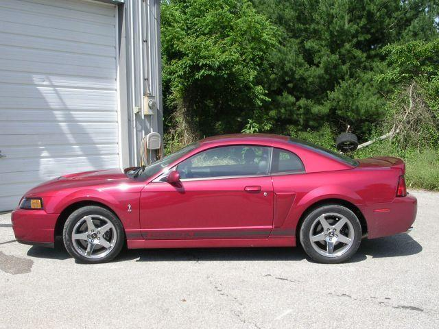 2004 Ford Mustang | 695337