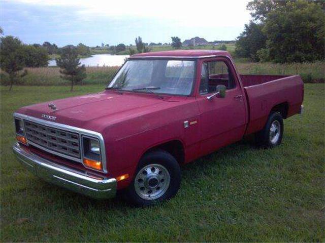1985 Dodge D100 | 695520