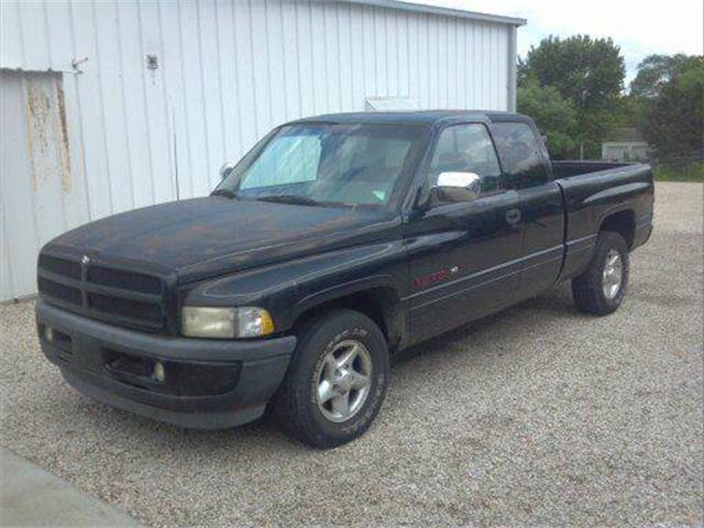 1997 Dodge Ram 1500 | 695524