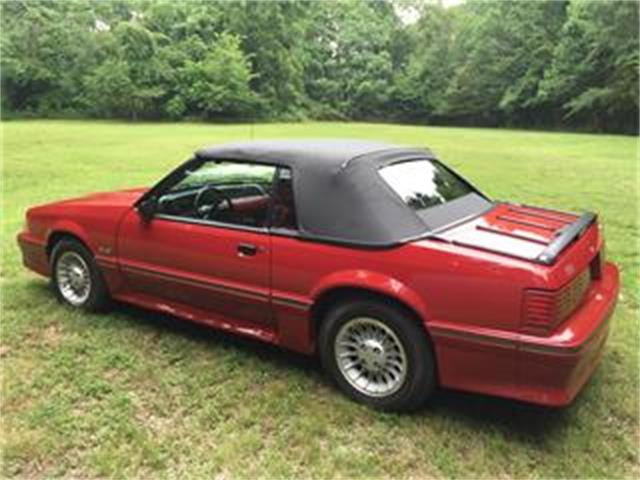 1987 Ford Mustang GT | 696363