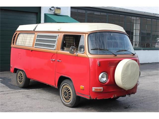 1971 Volkswagen Camper | 696960