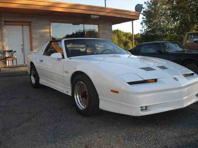 1989 Pontiac Turbo Trans Am Pace Car | 701065