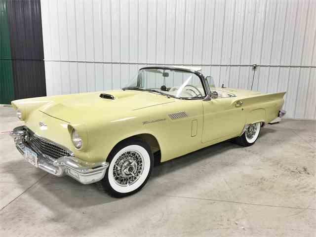 1957 Ford Thunderbird | 701140