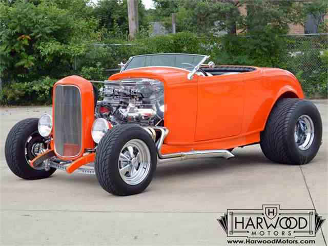 1932 Ford Roadster | 701267