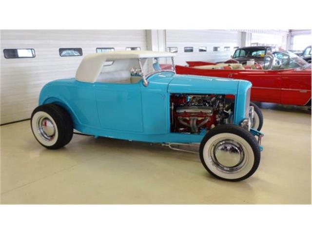 1932 Ford Roadster   701773