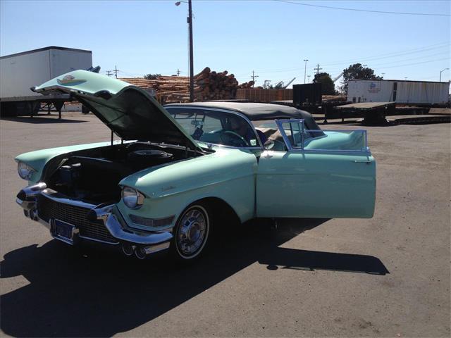 1957 Cadillac Series 62 | 702376