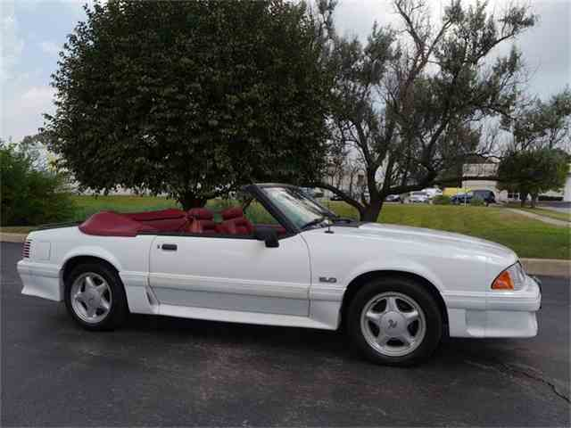 1990 Ford Mustang GT | 702833