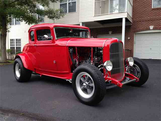 1932 Ford 5-Window Coupe | 703293