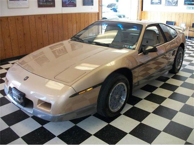1986 Pontiac Fiero | 703830