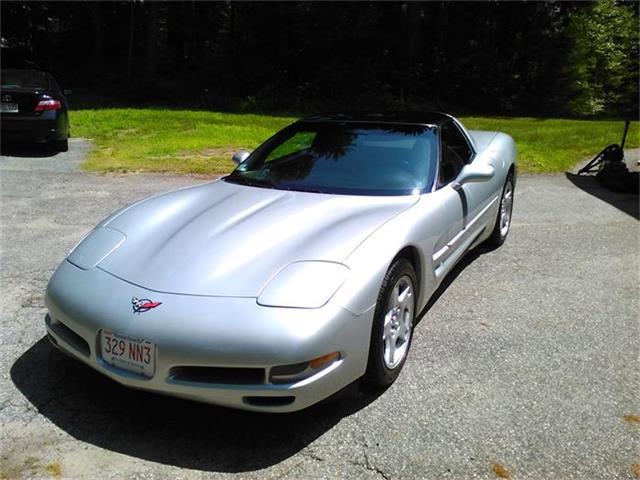 1998 Chevrolet Corvette | 704487